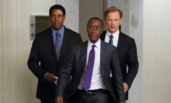 Denzel Washington, Don Cheadle y Bruce Greenwood en El Vuelo
