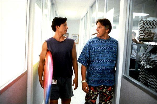 Keanu Reeves y Gary Busey en Le Llaman Bodhi