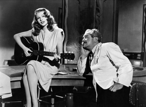 Rita Hayworth y Steven Geray en Gilda