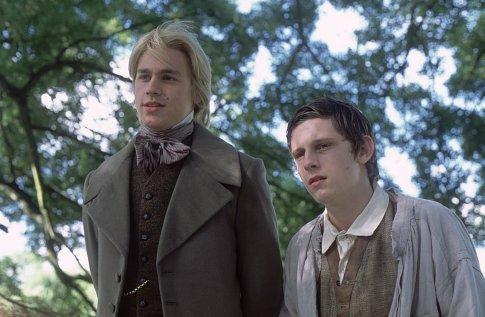 Charlie Hunnam y Jamie Bell en La Leyenda de Nicholas Nickleby
