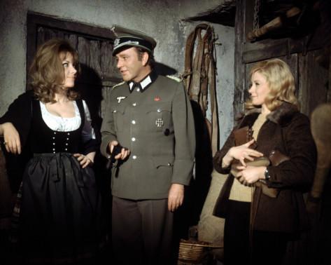 Ingrid Pitt, Richard Burton y Mary Ure en El Desafío de las Águilas