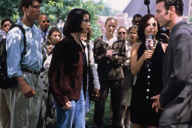 Jerry O'Connell, Neve Campbell, Courteney Cox y Liev Schreiber en Scream 2