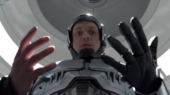 Joel Kinnaman en RoboCop 2014