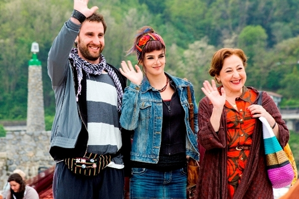 Dani Rovira, Clara Lago y Carmen Machi en Ocho Apellidos Vascos