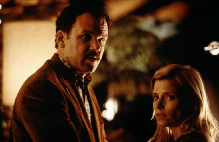 John C. Reilly y Melora Walters en Magnolia