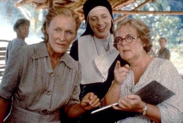 Glenn Close, Johanna Ter Steege y Pauline Collins en Camino al Paraíso