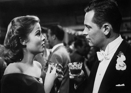 Nancy Olson y William Holden en El Crepúsculo de los Dioses