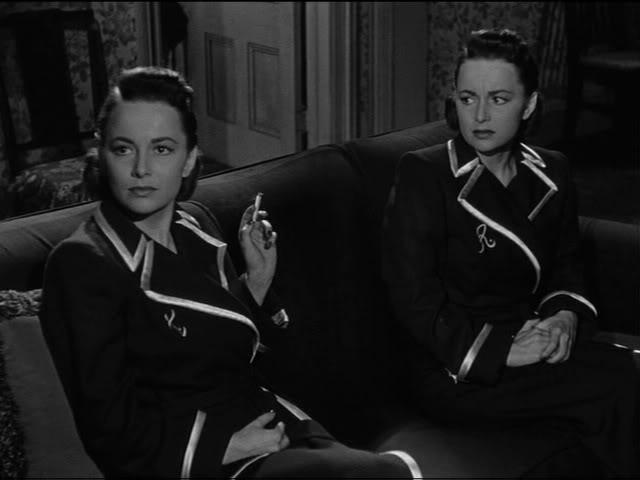 Olivia de Havilland en A Través del Espejo