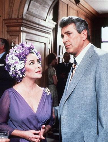 Elizabeth Taylor y Rock Hudson en El Espejo Roto