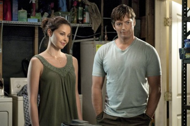 Ashley Judd y Harry Connick Jr. en La Gran Aventura de Winter el Delfín