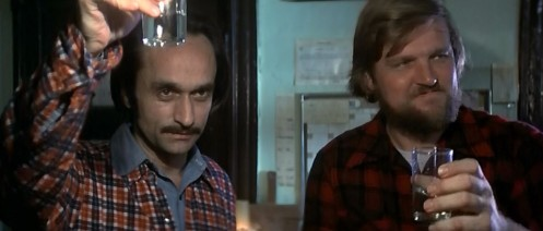 John Cazale y Chuck Aspegren en El Cazador