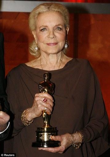 Lauren Bacall y su Oscar honorífico de 2010