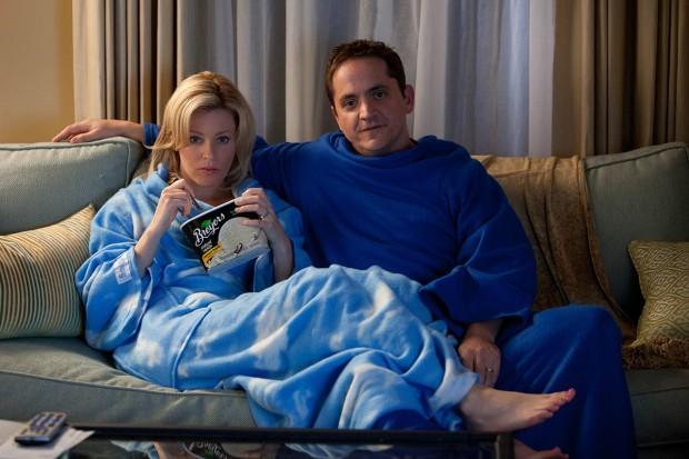 Elizabeth Banks y Ben Falcone en Qué Esperar Cuando Estás Esperando