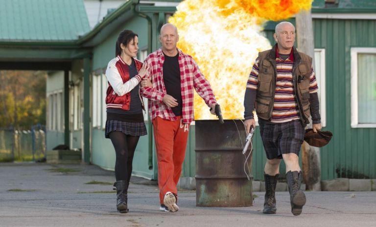 Mary-Louise Parker, ruce Willis y John Malkovich en RED 2