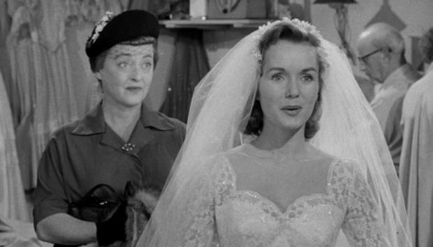 Debbie Reynolds y Bette Davis en El Banquete de Bodas