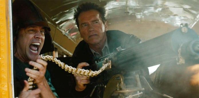 Johnny Knoxville y Arnold Schwarzenegger en El Último Desafío