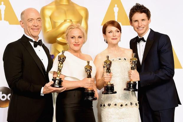 J.K. Simmons, Patricia Arquette, Julianne Moore y Eddie Redmayne con sus Oscar 2015