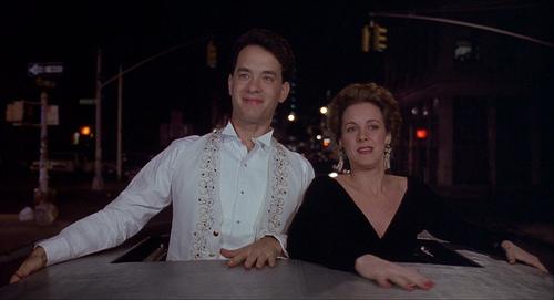 Tom Hanks y Elizabeth Perkins en Big