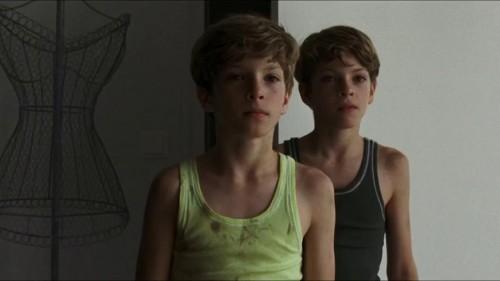 Elias y Lukas Schwarz en Goodnight Mommy