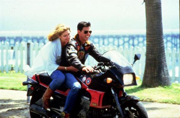 Kelly McGillis y Tom Cruise en Top Gun