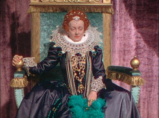 Bette Davis en La Vida Privada de Elizabeth y Essex