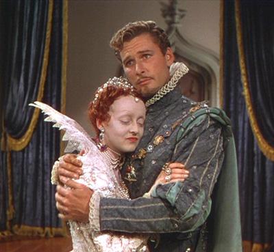 Bette Davis y Errol Flynn en La Vida Privada de Elizabeth y Essex
