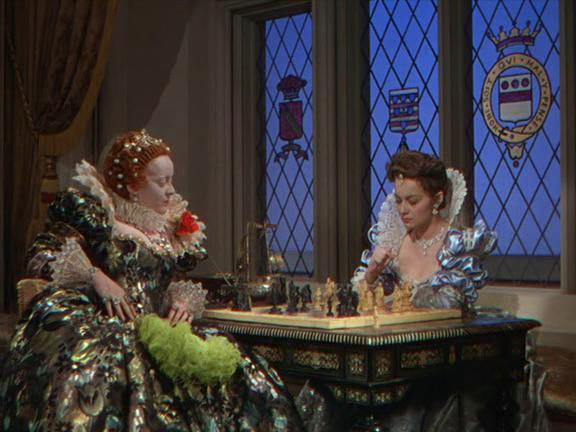 Bette Davis y Olivia de Havilland en La Vida Privada de Elizabeth y Essex
