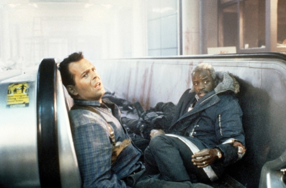 Bruce Willis y Art Evans en La Jungla 2 (Alerta Roja)