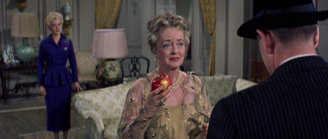 Bette Davis en  Un Gangster Para un Milagro