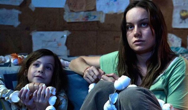 Jacob Tremblay y Brie Larson en Room