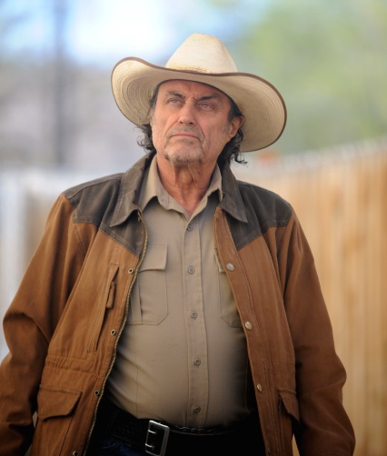 Ian McShane en The Hollow Point