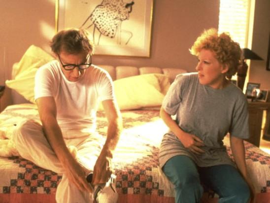 Woody allen y Bette Midler en Escenas en una Galería