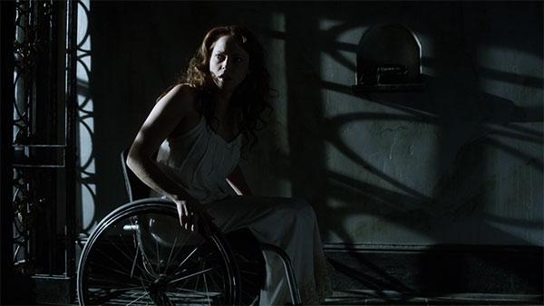Fiona Dourif en La Maldición de Chucky