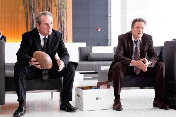 Tommy Lee Jones y Chris Cooper en The Company Men