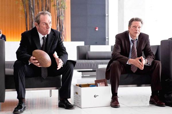 Tommy Lee Jones y Chris Cooper en The Company Men