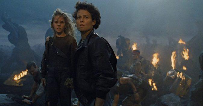 Carrie Henn y Sigourney Weaver en Aliens