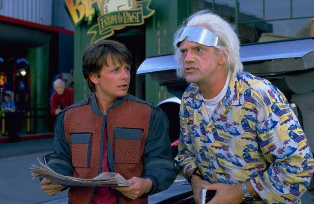 Michael J. Fox y Christopher lloyd en Regreso al Futuro II