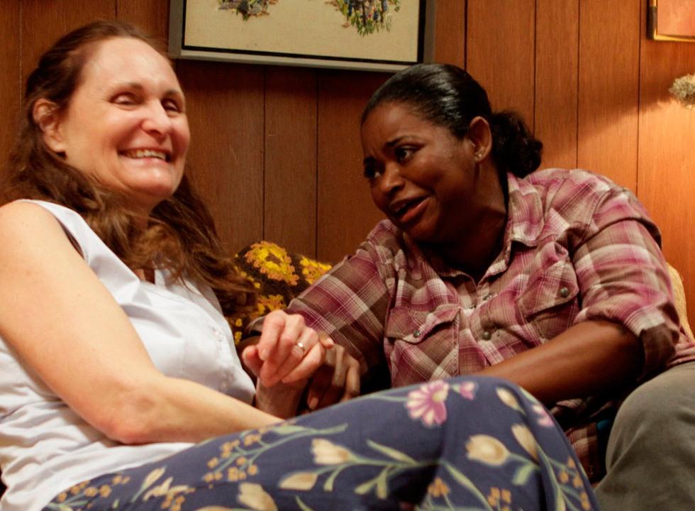 Beth Grant y Octavia Spencer en Blues for Willadean