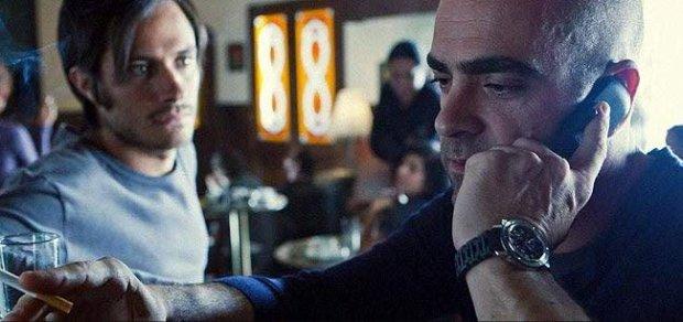 Gael García Bernal y Luis Tosar en También la Lluvia
