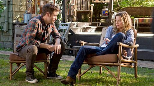 Chris Pine y Michelle Pfeiffer en Así Somos
