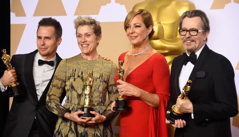 Sam Rockwell, Frances McDormand, Allison Janney y Gary Oldman con sus Oscar 2018