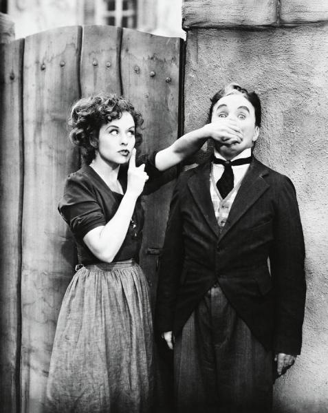 Paulette Goddard y Charles Chaplin en El Gran Dictador