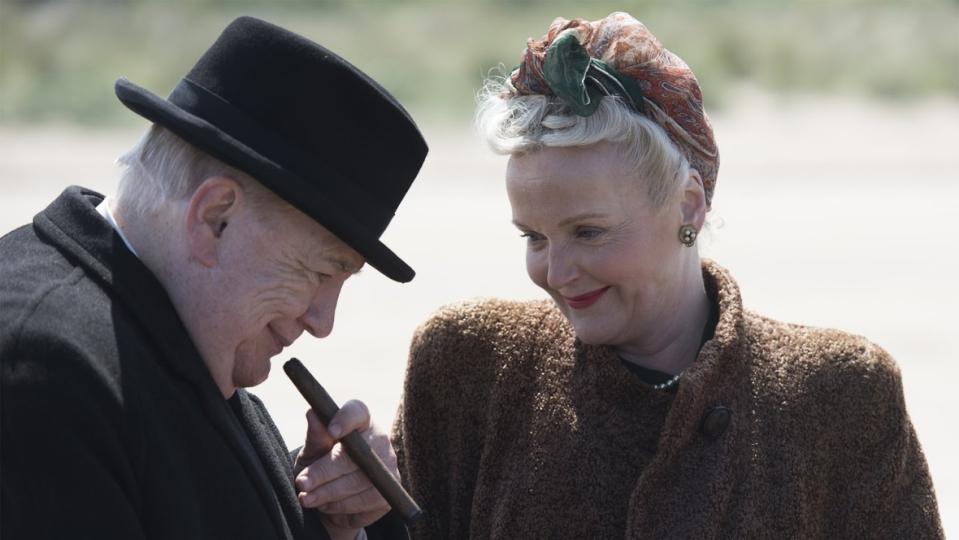 Brian Cox y Miranda Richardson en Churchill